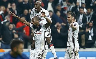 Beşiktaş, Antalyaspor'u yenip liderliğini sürdürmek istiyor