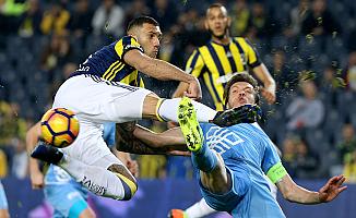 Fenerbahçe'yi Mehmet Topal kurtardı