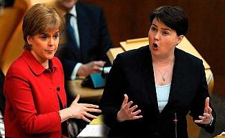 İskoçya milletvekillerden bağımsızlık referandumuna destek