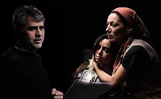 Livaneli'nin 'Mutluluk' oyununa Londra'da dört gösterim
