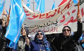 Türkmenler, Kerkük'te IKBY Bayrağına karşı sokakta
