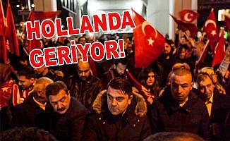 Vatandaşlar konsolosluk önünde toplandı!