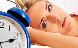 Az uyuyan daha çok ağrı çekiyor