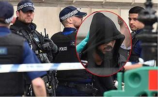 Başbakanlık önündeki bıçaklı şüphelinin kimliği açıklandı!