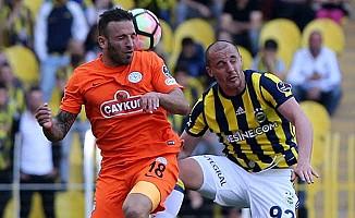 Fenerbahçe, Çaykur Rizespor'a uzatmada galip gelebildi