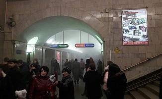 St. Petersburg'da metro istasyonlarında patlamalar!