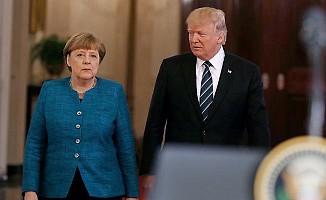 Trump, Merkel'in elini neden sıkmadığını açıkladı