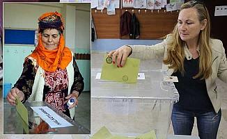 Vatandaş sandık başında, halk oylamasına yoğun ilgi