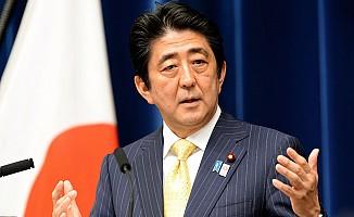 Japon Başbakan Kuzey Kore füze demeleri için konuştu