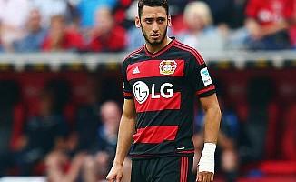 Bayer Leverkusen, Hakan Çalhanoğlu'nu gözden çıkardı