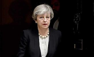 İngiltere Başbakanı May'dan sert açıklama