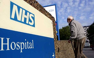 İngiltere'de kısıtlama hasta güvenliğini riske atıyor