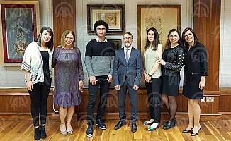 Londra'da genç Türk sanatçılardan sergi