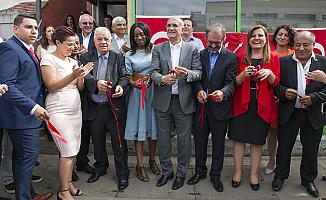 CHP İngiltere Birliği ofisi 3 milletvekilinin katılımıyla açıldı