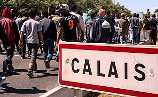 Fransa mahkemesinden 'sığınmacı kampına' red