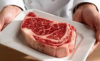 Kırmızı et tüketirken bir daha düşünün