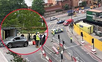 Londra'da ABD Elçiliği önünde şüpheli araç alarmı