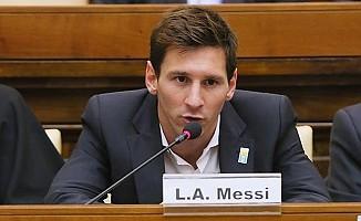 Messi'ye evrakta sahtecilik suçlaması