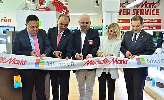 Microsoft Türkiye'de ilk mağazasını Ankara'da açtı