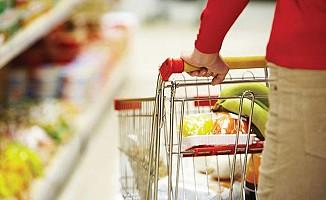 İngiltere'de perakende satışlar beklentinin üzerinde arttı