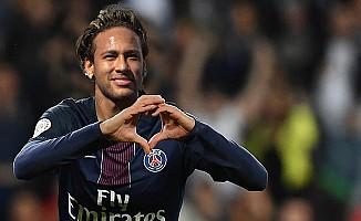Neymar'ın maliyeti 562 milyon avro!