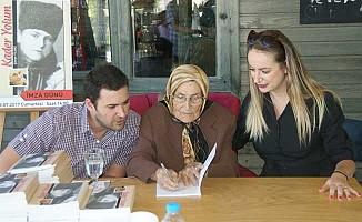 Şükriye nine 89 yaşında şiir kitabı çıkardı