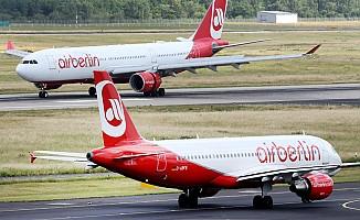 Alman devi Air Berlin iflasını istedi