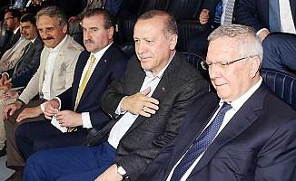 Erdoğan, Fenerbahçe maçını Aziz Yıldırım ile birlikte izledi