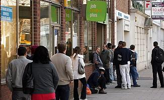 İngiltere'de işsizlik yüzde 4,4'e geriledi