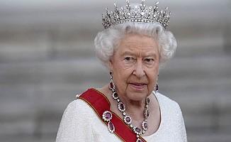 Kraliçe 2. Elizabeth'in tahtı bırakacak mı?