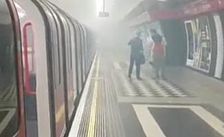 Londra'da boşaltılan metro istasyonu yeniden açıldı