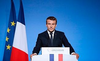 Macron'dan Afrika için özel ekip