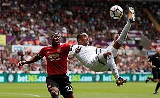 Manchester United, Swansea'ya fark attı