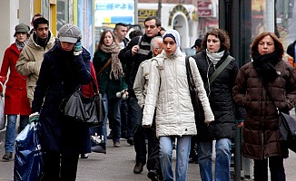 Müslümanların çoğu Almanya'ya entegre