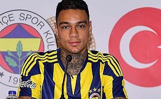 Van der Wiel Fenerbahçe'ye veda etti