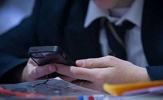 Yazılımcı baba,  oğlu telefon mesajlarına cevap vermeyince uygulama geliştirdi