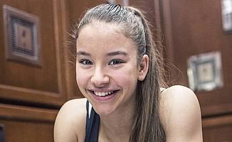 16 yaşındaki Türk sporcu Ayşe Begüm, Avrupa şampiyonu oldu