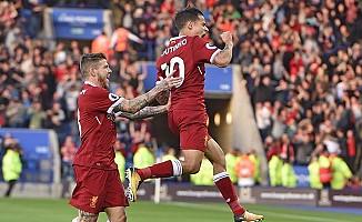 Çok gollü maçın galibi Liverpool