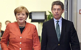 Merkel, seçim sonucunu böyle yorumladı!