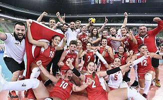 Türk Milliler 23 Yaş Altı Kadınlar Voleybol'da Dünya Şampiyonu