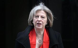 İngiliz Başbakan May, Brexit sonrası ortaklığın ipucunu verdi