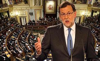 İspanya, Katalonya'nın özerkliğini feshedip erken seç kararı aldı