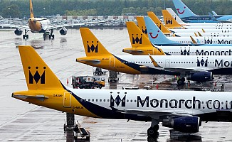 Monarch Airlines iflas etti