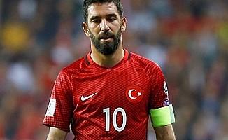 Arda Turan'dan duygulandıran Naim Süleymanoğlu paylaşımı