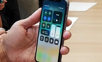 iPhone X ekran problemleriyle gündemde
