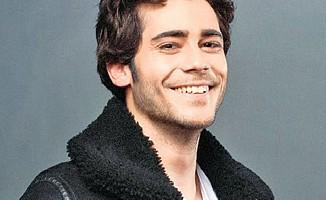 'İstanbullu Gelin'in Murat'ı konuştu