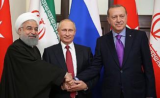 Soçi'deki Üçlü Zirvede  'Suriye'nin Toprak Bütünlüğü' Vurgusu