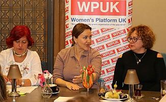 Sumru Yavrucuk Londra'da 'Kadın ve Şiddet'i Konuştu