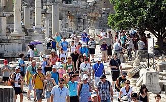 'Avrupalı turistlerin tercihi yeniden Türkiye'