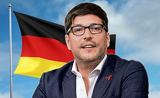 Berlin Adalet Bakanı'ndan 'başörtülü öğretmen' açıklaması